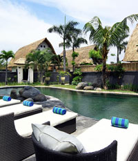 Jacuzzi Villa public pool - Villa Seminyak Estate & Spa